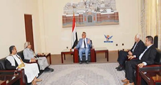 PM talks with Mahweet's Local Council conditions of province